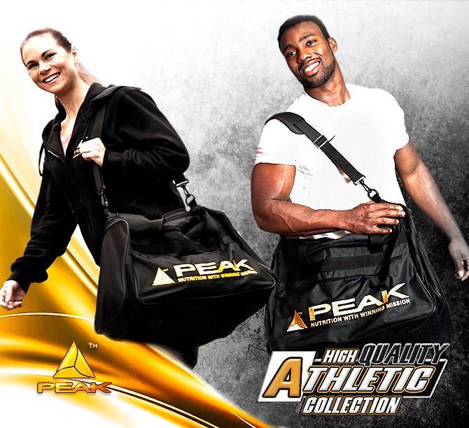 athlètes avec sac de sport peak